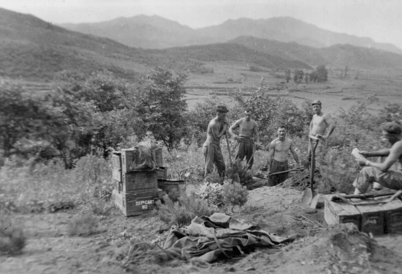 24.-Aug-1951-Crest-of-Hill-overlooking-Imjin