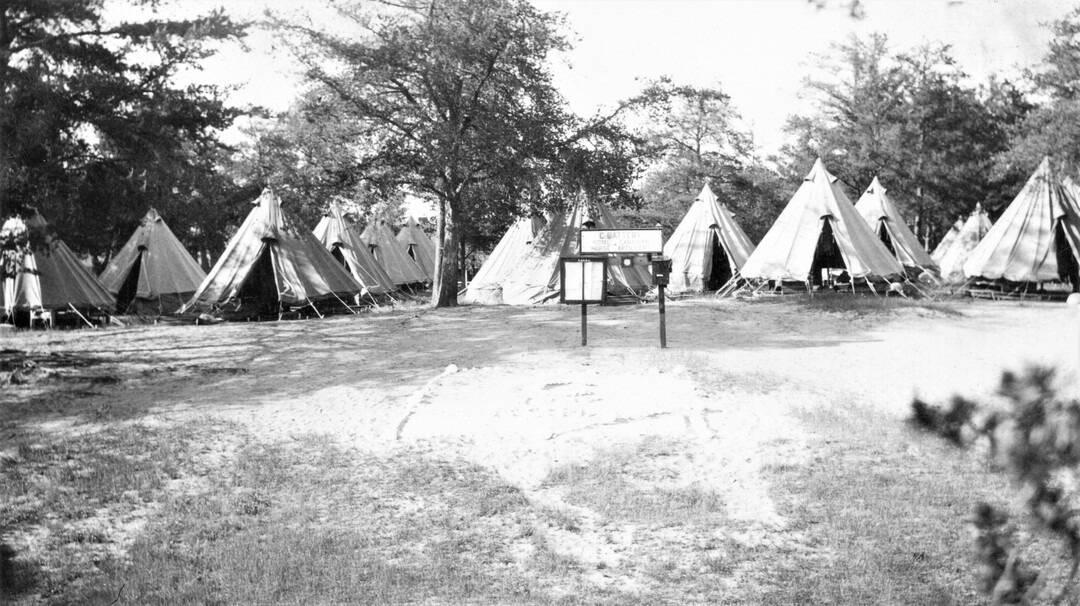 1937-Tent-Lines-Petawawa