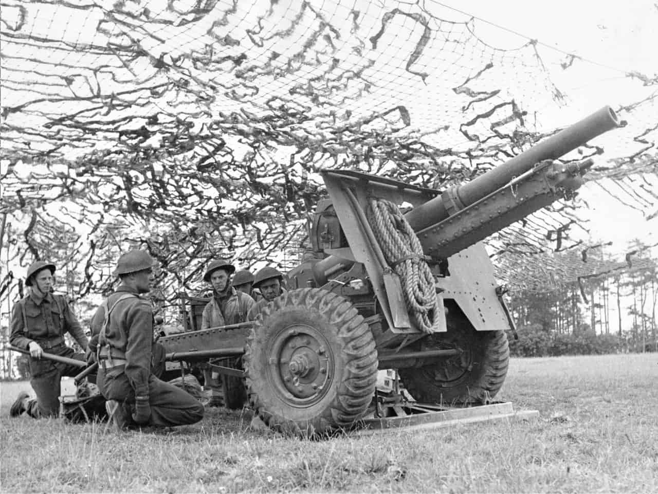 25-Pounder-late-1940s-2