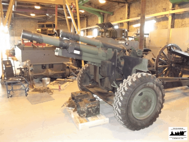 C1-105mm-Howitzer